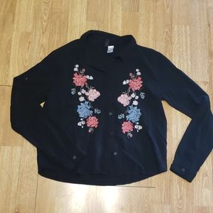 Embroidered viscose button front top sz 6